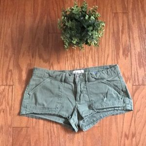 Olive Green Hollister Cargo Short Shorts Military